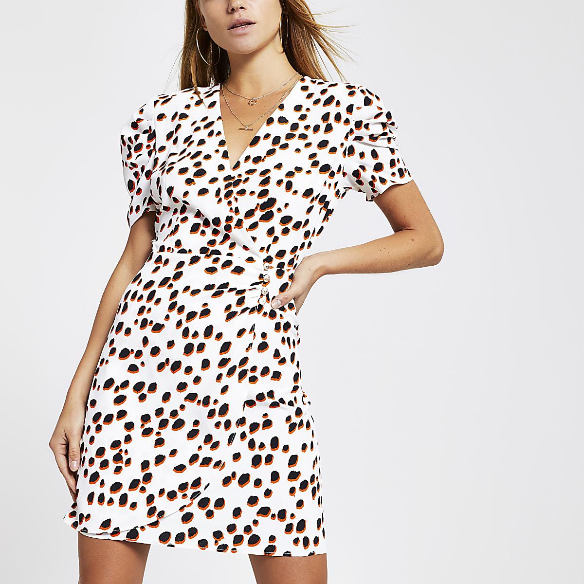 White spot puff sleeve dress