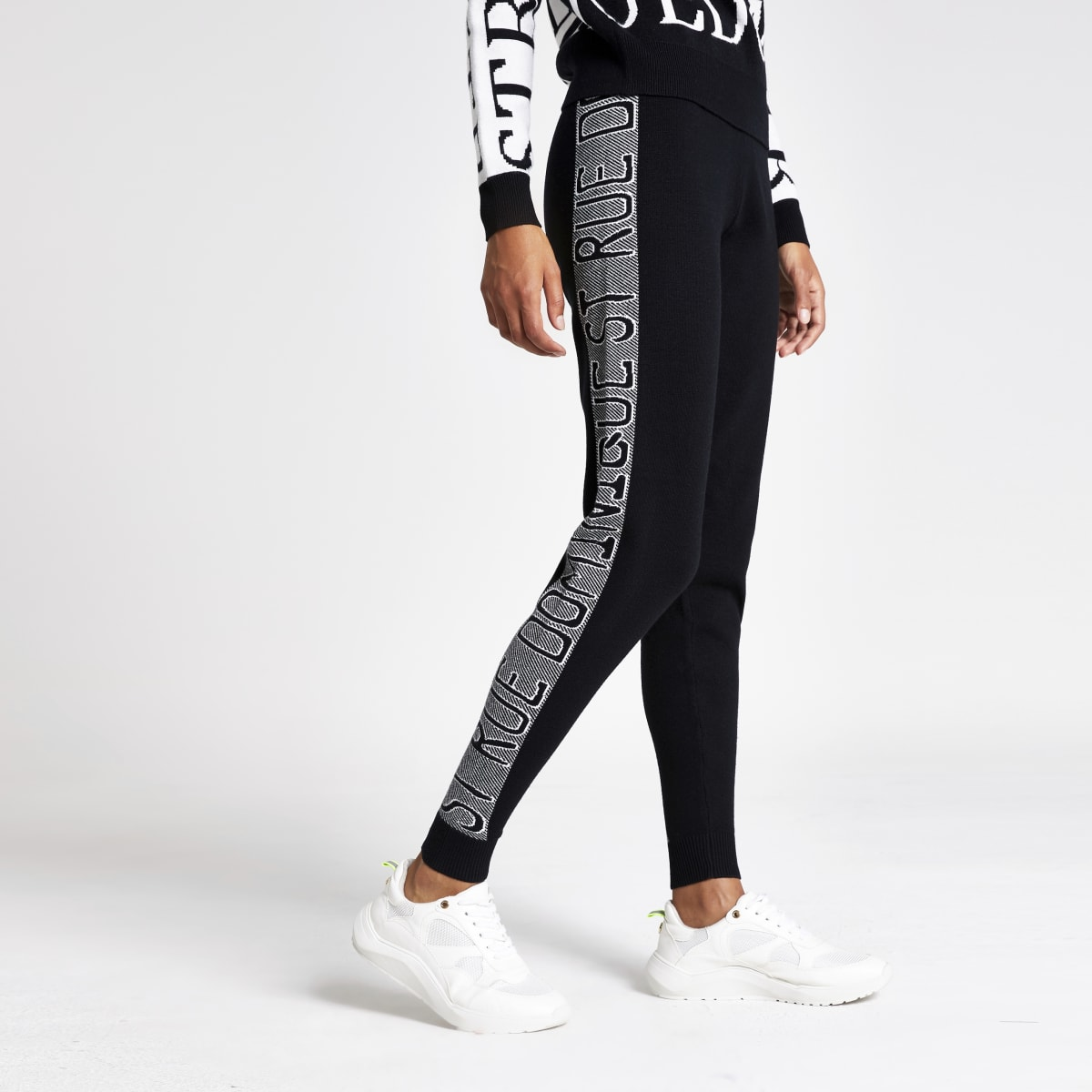 Zwarte joggingbroek met tekstprint