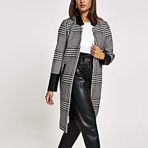 Manteau long noir en cuir artificiel à carreaux