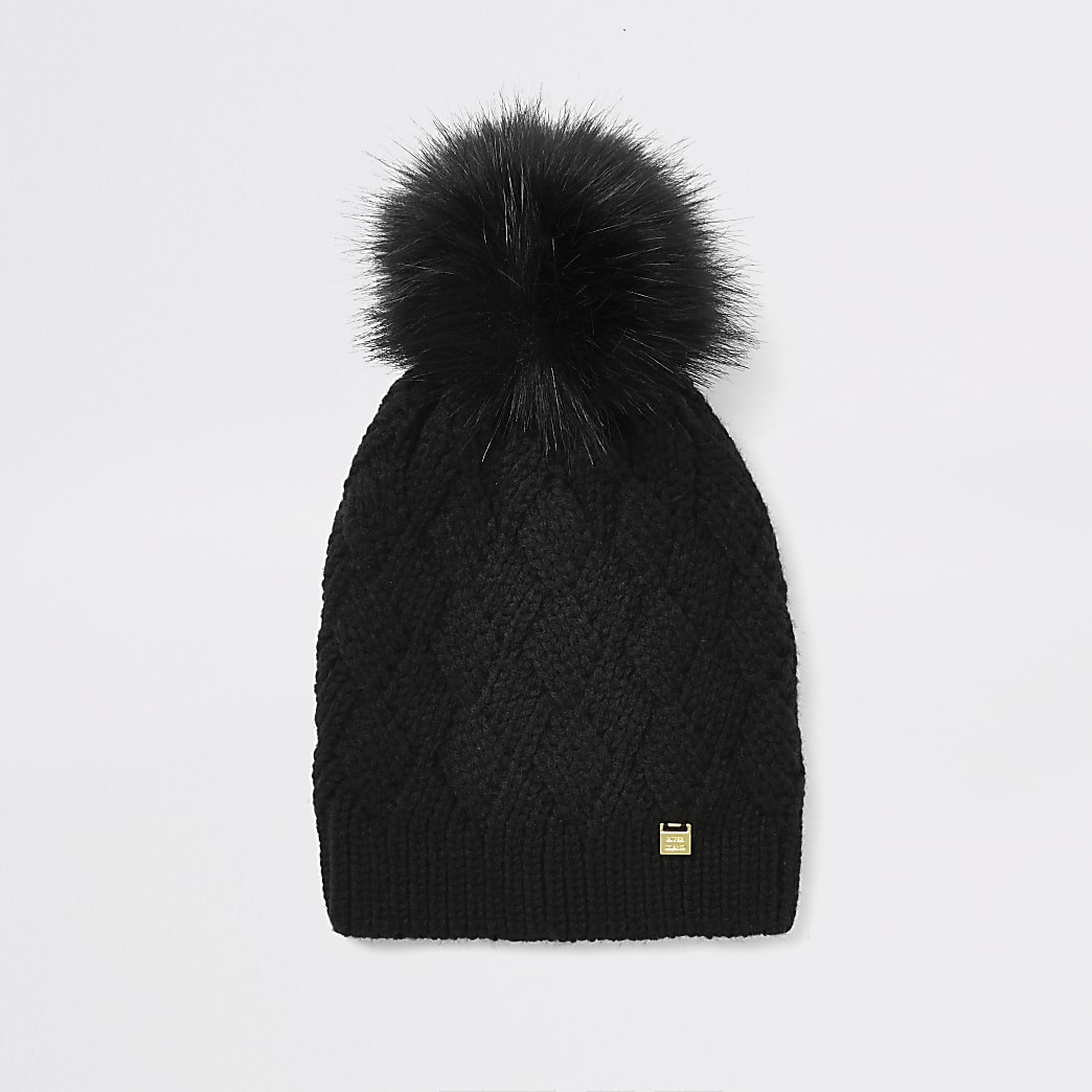 Black faux fur pom pom beanie hat