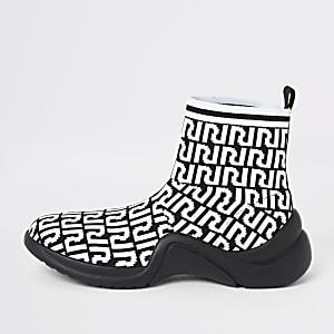 Baskets de course chaussettes blanches avec logo RI