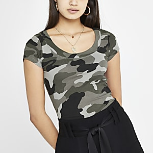 Khaki camo scoop T-shirt