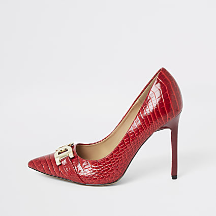 Red wide fit croc embossed court shoes