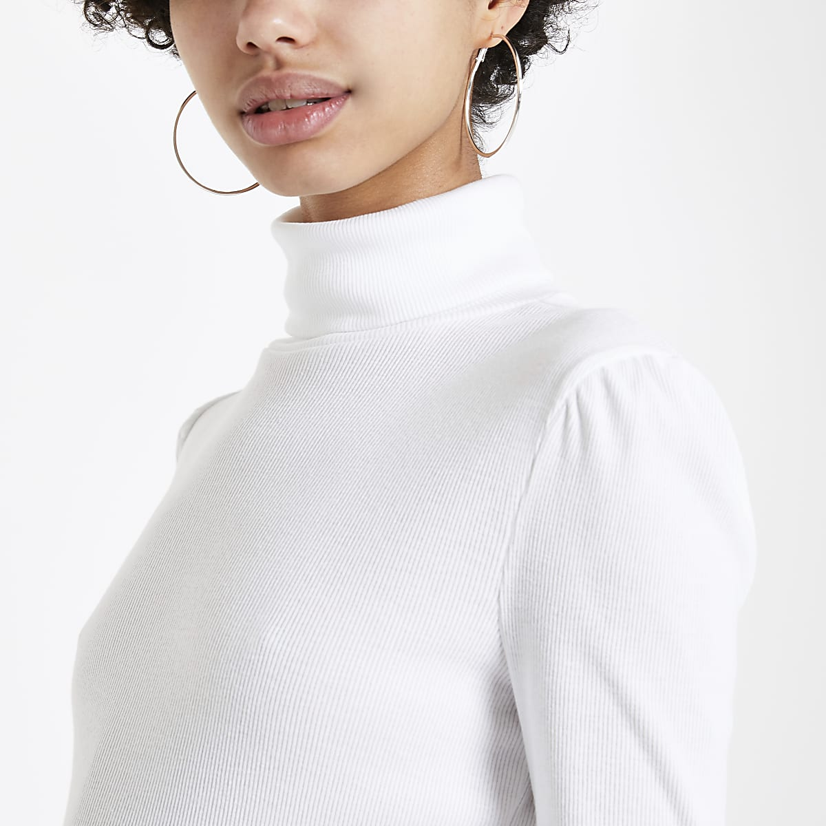 White puff sleeve turtle neck top