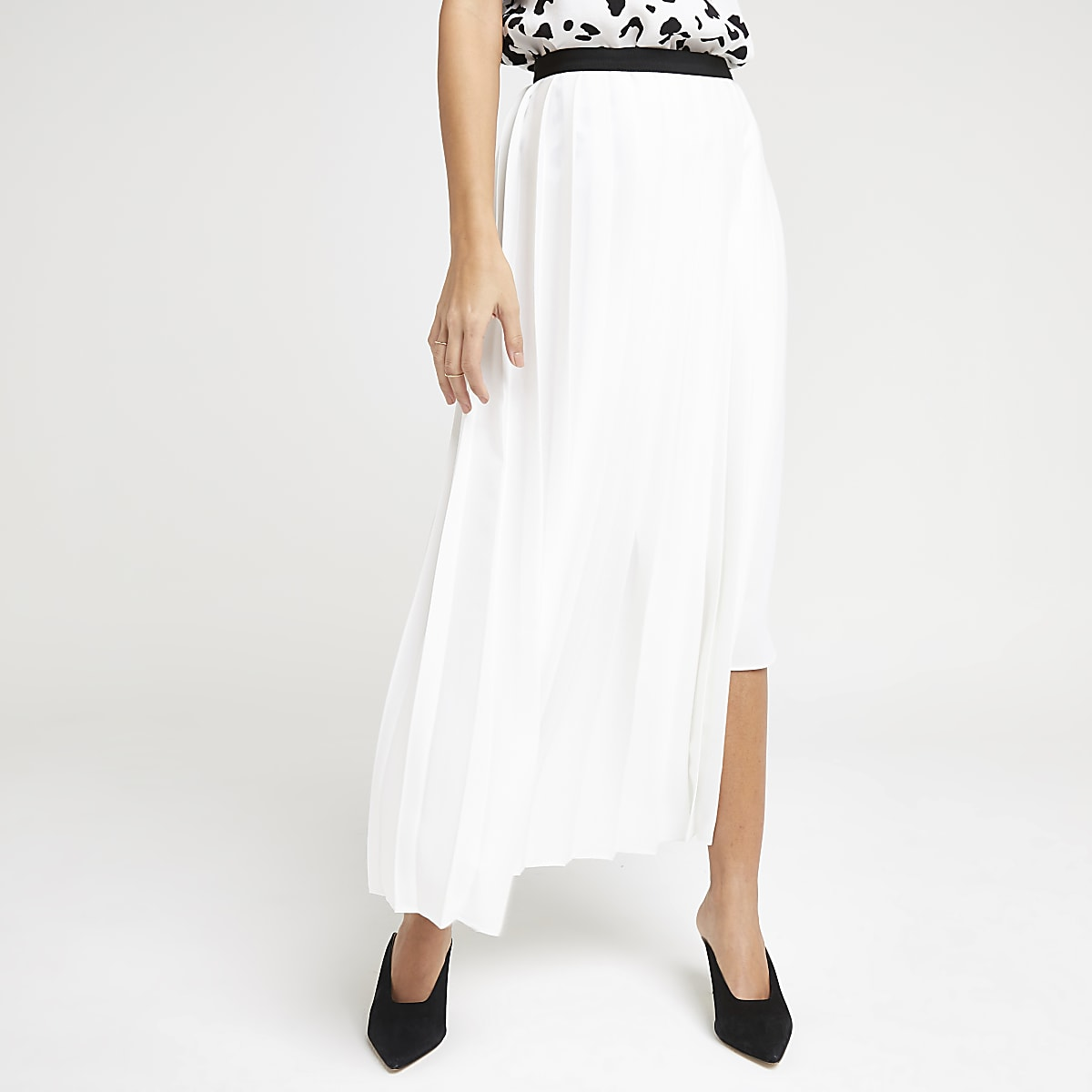 White pleated midi skirt