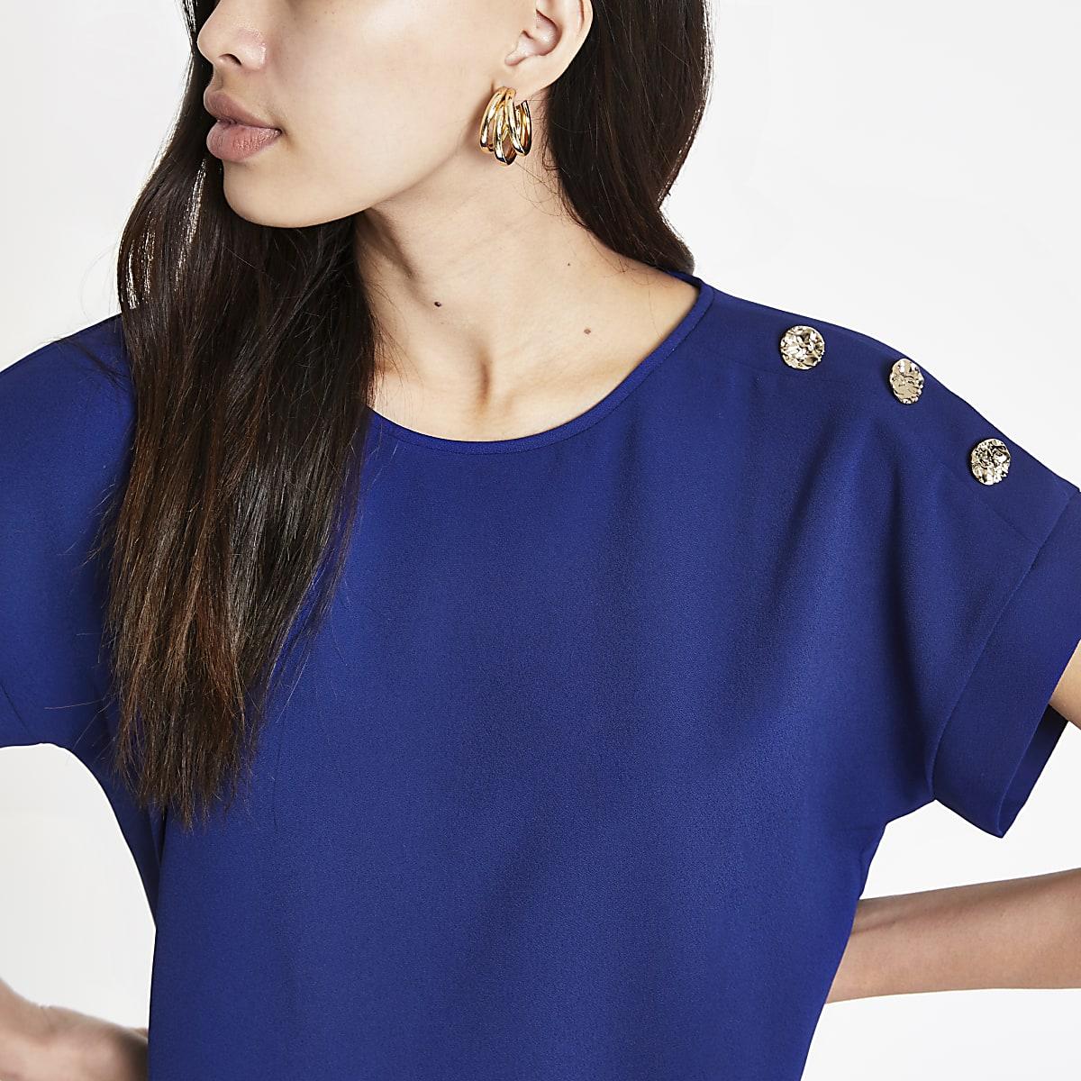 Navy button shoulder T-shirt