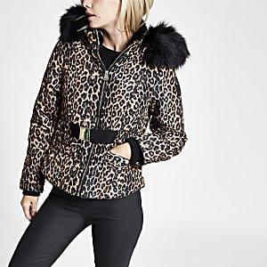 RI Petite - Bruine gewatteerde jas met ceintuur en luipaardprint