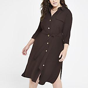 Plus – Robe chemise marron nouée à la taille