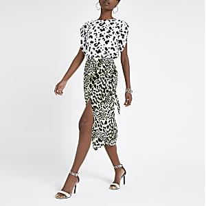 Weißes T-Shirt mit Leoparden-Print