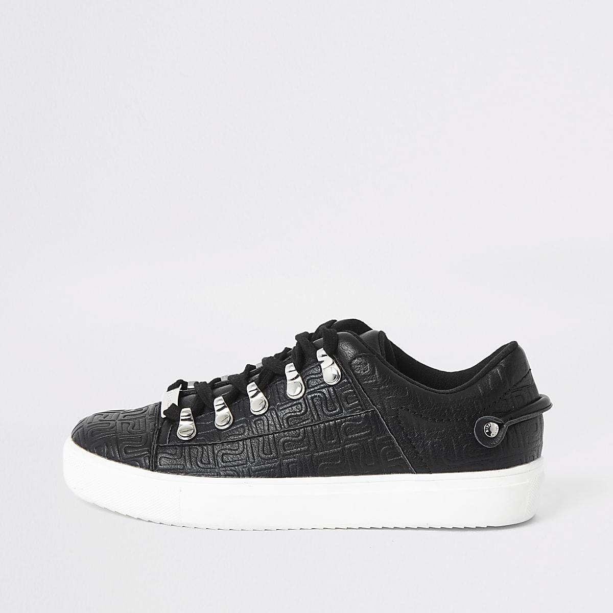 Baskets à lacets noires avec logo RI en relief
