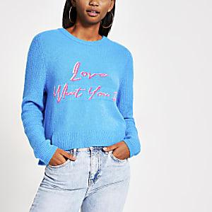 Blauer, bedruckter Pullover