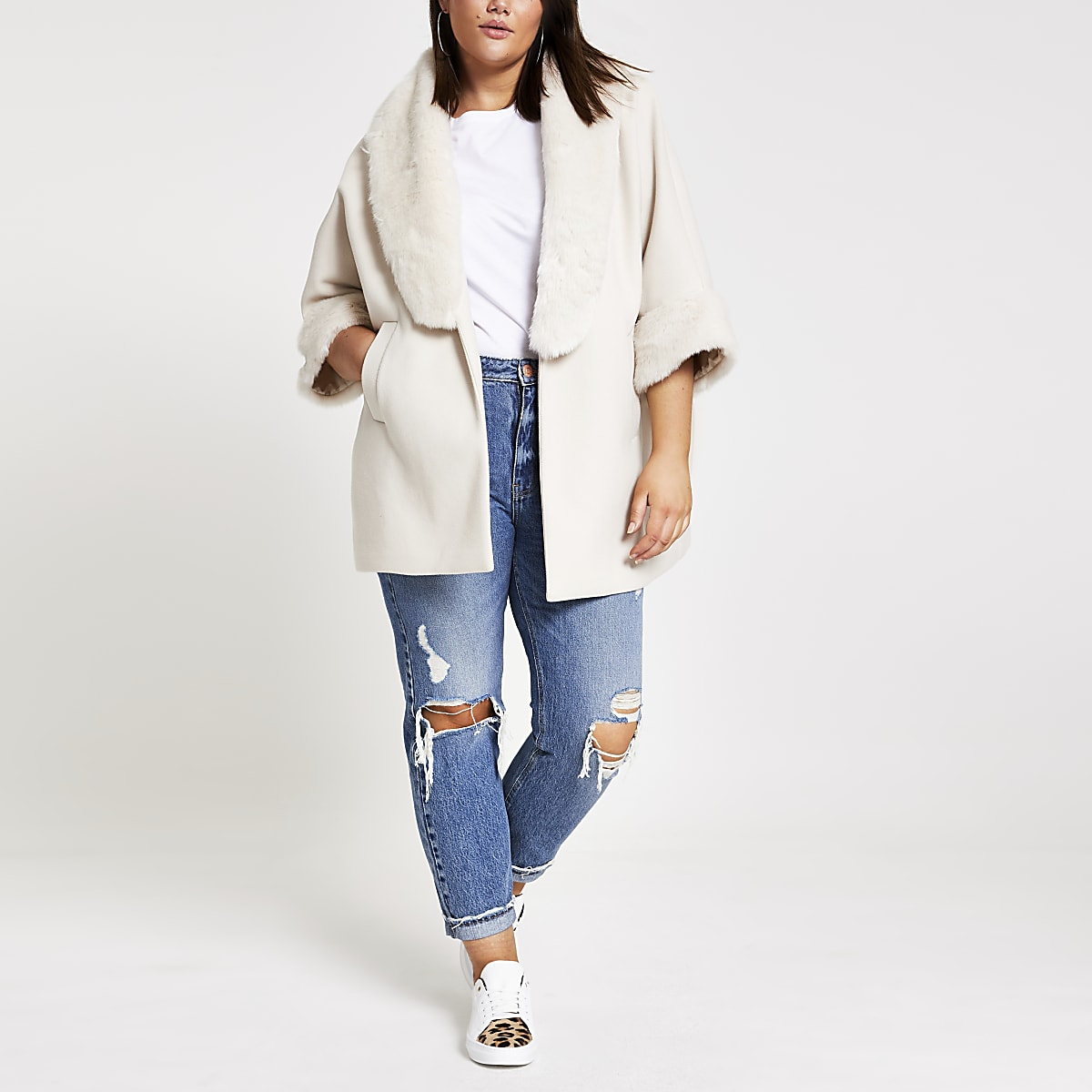 Plus cream faux fur collar cape