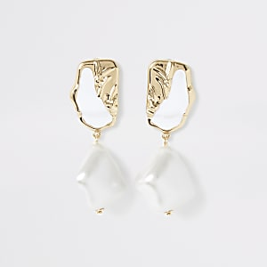 Gold color textured pearl drop earrings