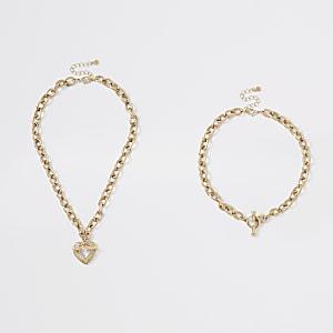 Goldene, mehrreihige Halskette