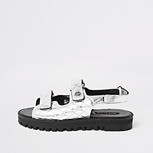 Sandales argentées à velcro avec semelle crantée