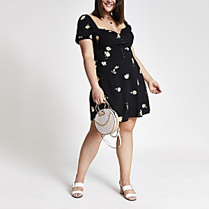 Plus black floral puff sleeve dress