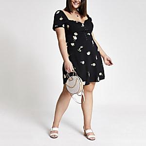 Plus – Schwarzes, geblümtes Kleid mit Puffärmeln