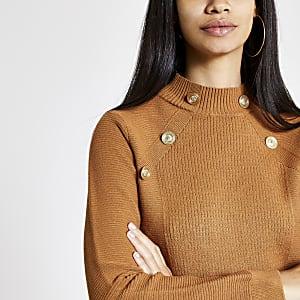 Bruine pullover met knopen en col