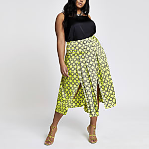 Plus green chain print pleated skirt