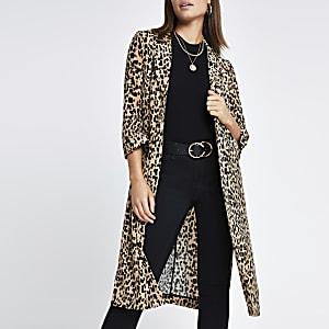 Braune, lange Jacke mit Leopardenmuster