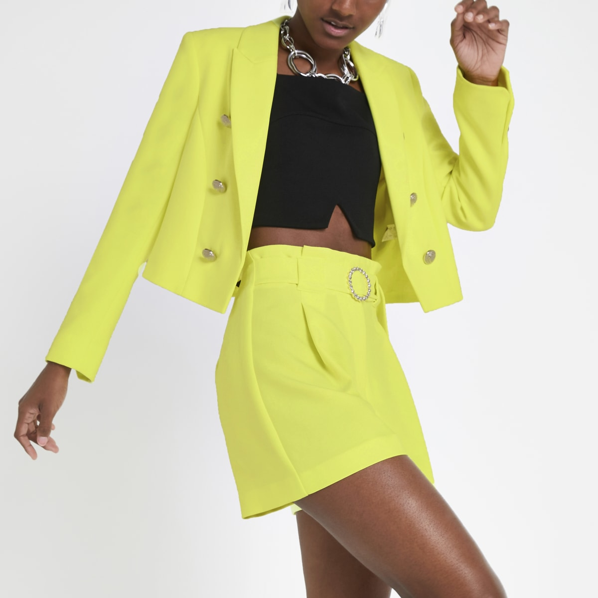 Short jaune fluo à ceinture
