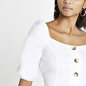 e95300a61be White button front crop top