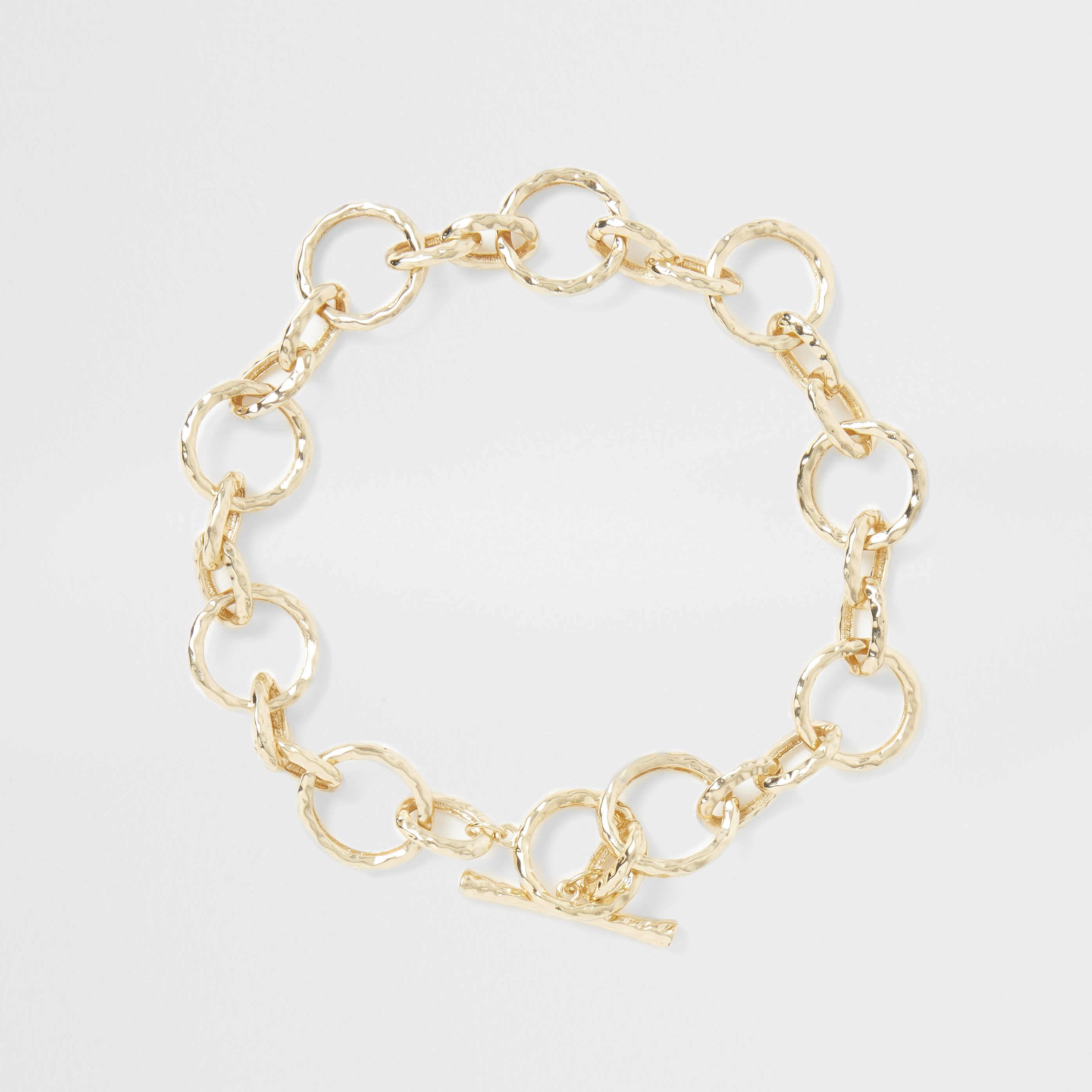 RIVER ISLAND | Womens Gold Colour Battered Chain Necklace | Goxip