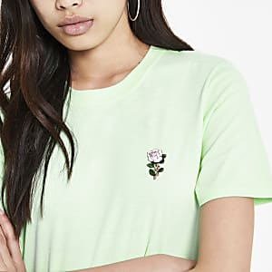 Green rose embroidered T-shirt