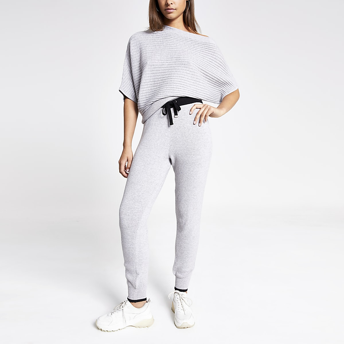 Light grey knitted joggers