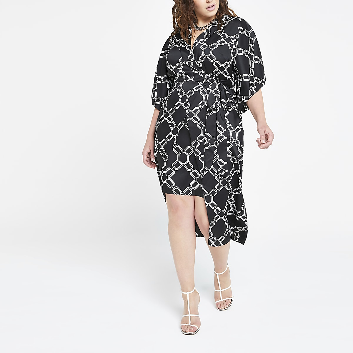 Plus black printed kimono dress