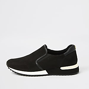 Black perforated runner sneakers