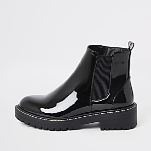 Bottines épaisses noires vernies