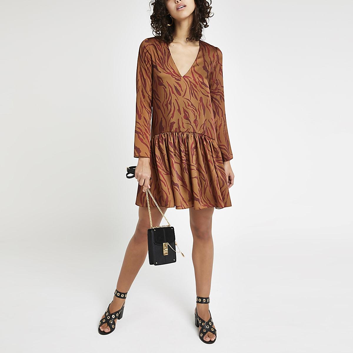 Robe évasée à imprimé zèbre marron
