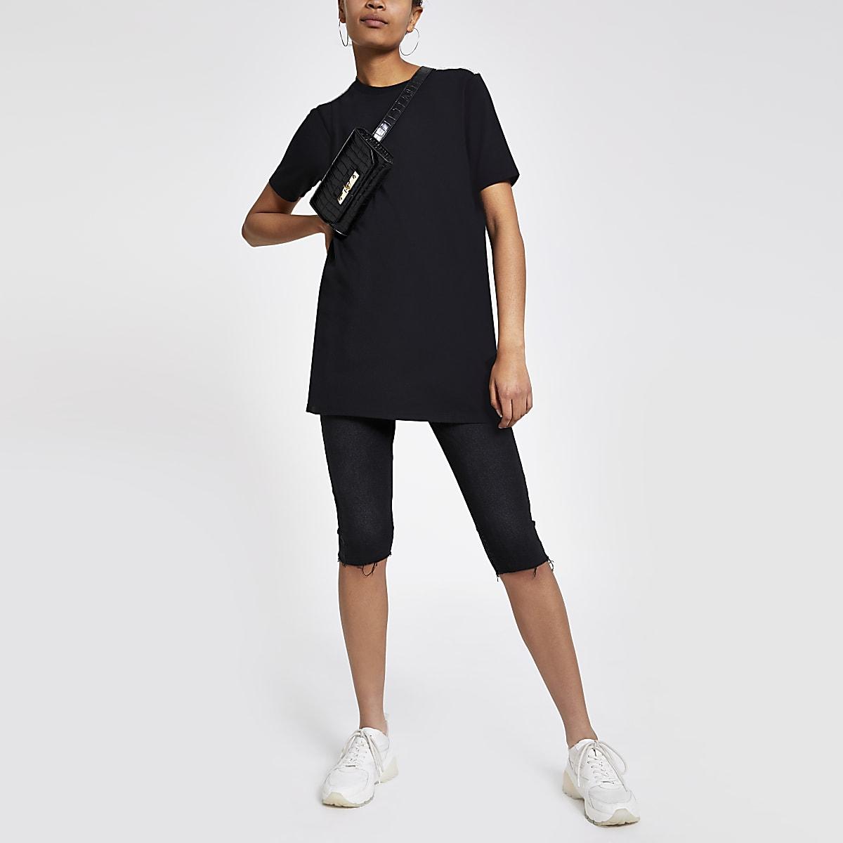 Zwart jumbo T-shirt met siersteentjes aan de zoom