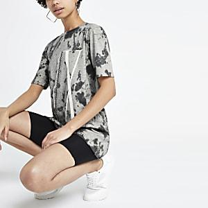 Versierd grijs boyfriend T-shirt met tie-dye