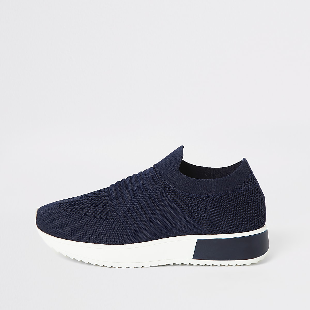 Navy knitted runner trainers