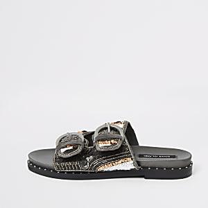 Zilverkleurige versierde slippers