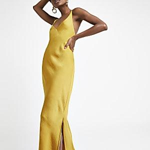 Robe longue jaune à bretelles