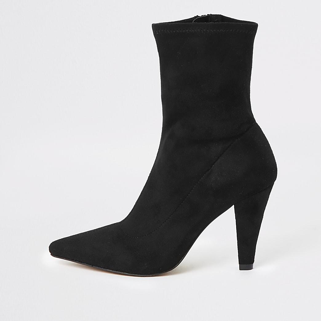 Zwarte sock boots met hak en puntige neus