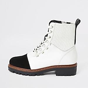 Bottes de randonnée lacées en cuir blanc contrasté