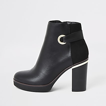 Black faux leather eyelet platform boot