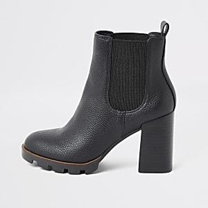 Schwarze, klobige Chelsea-Stiefel