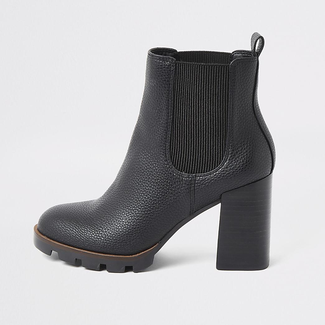 Zwarte chelsea boots met stevige hak