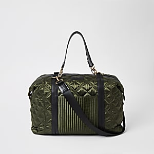 Khaki quilted weekend travel bag