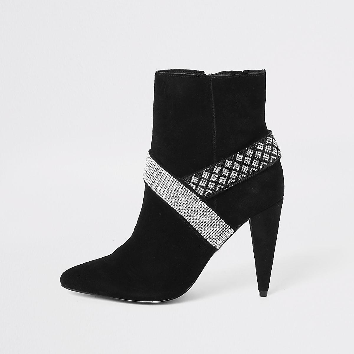 Zwarte suède laarzen verfraaid met siersteentjes