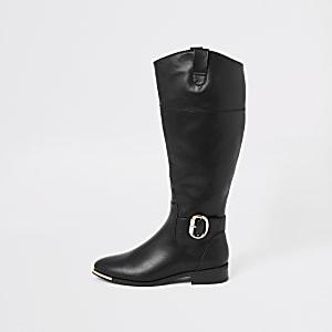 Schwarze, kniehohe Stiefel mit Schnalle