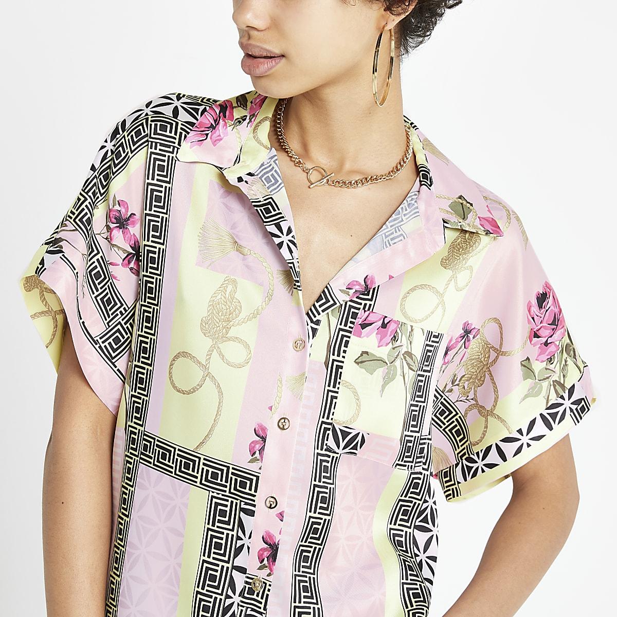 Pink print short sleeve shirt