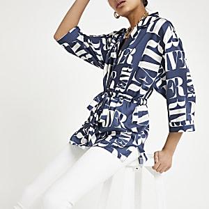 Marineblauw overhemd met RI-print en strikceintuur