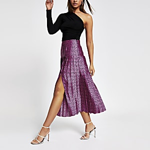 Pink spot print pleated skirt