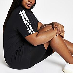 RI Plus - Zwart jumbo T-shirt met diamantjes